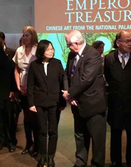 Representative Joe Barton (R-TX) met with Tawain President Tsai Ing-wen on Sunday, January 8, 2017 in Houston amid complaints and threats from China to U.S. President-elect Donald Trump.